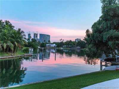 Miami, Miami Beach Single Family Home Active-Available: 4765 Lake Rd