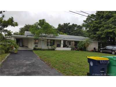Fort Lauderdale Multi Family Home Active-Available: 2320 Southwest 44th St