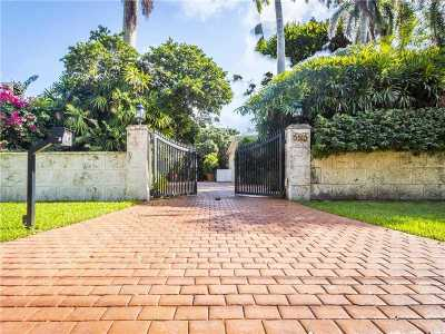 Coral Gables Single Family Home For Sale: 5515 Orduna Dr
