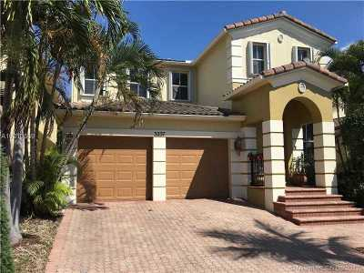 Aventura Single Family Home Active-Available: 3237 Northeast 212th St