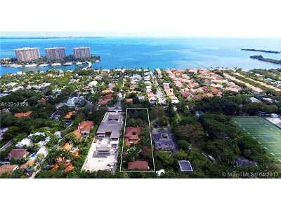 Coconut Grove Single Family Home For Sale: 1911 S Bayshore Drive