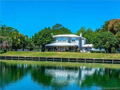 Miami, Miami Beach Single Family Home For Sale: 4701 Lake Rd