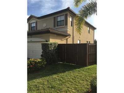 Doral Single Family Home For Sale: 11590 NW 87th Ln