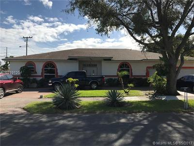 Dania Beach Single Family Home For Sale: 701 SW 7th St