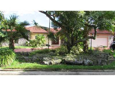 Plantation Single Family Home Active-Available: 1690 Southwest 53rd Ave