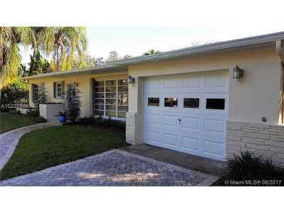 Pinecrest Single Family Home Active-Available: 7520 Southwest 105th Ter