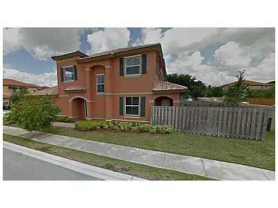 Single Family Home Active-Available: 8963 Southwest 152nd Path