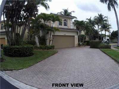 Aventura Single Family Home Active-Available: 3020 Northeast 208th St