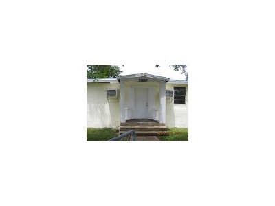 Fort Lauderdale Single Family Home Active-Available: 2889 Northwest 14th Ct