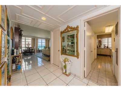 Miami Beach Condo For Sale: 5660 Collins Ave #7B