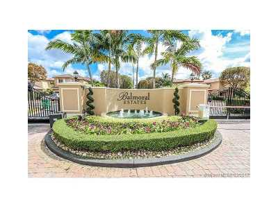 Doral Single Family Home For Sale: 11271 NW 44th Ter