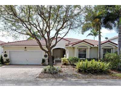 Fort Lauderdale Single Family Home Active-Available: 3272 Southwest 51st St
