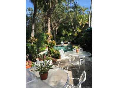 Key Biscayne Single Family Home For Sale: 270 Cypress Dr