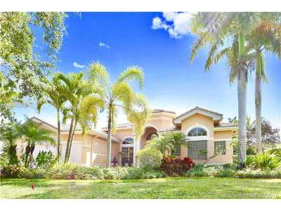 Broward County Single Family Home Active-Available: 3652 Churchill Downs Dr