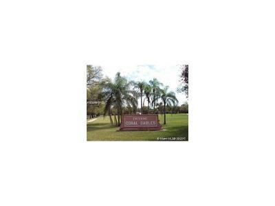 Coral Gables Condo Active-Available: 126 Mendoza Ave #9