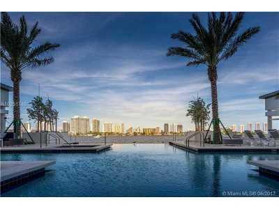 North Miami beach Condo For Sale: 17301 Biscayne Blvd #PH-8