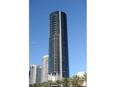 Sunny Isles Beach Condo For Sale: 18555 Collins Ave #4405