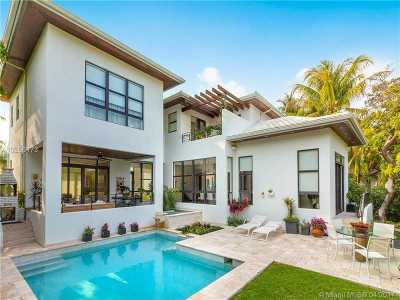 Key Biscayne Single Family Home For Sale: 561 Hampton Ln