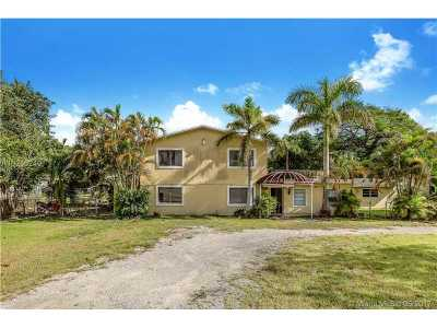 Single Family Home For Sale: 10951 SW 93rd St