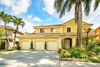 Broward County Single Family Home Active With Contract: 3892 Heron Ridge Ln