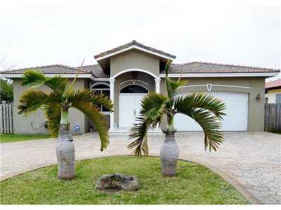 Palmetto Bay Single Family Home Active-Available: 9000 Southwest 157th St