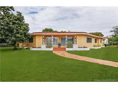 Coral Gables Multi Family Home For Sale: 3412 S Le Jeune Rd