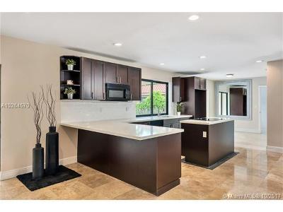 Plantation Single Family Home Active-Available: 8671 Gatehouse Rd