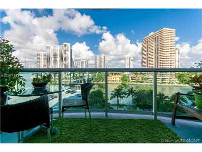 Sunny Isles Beach Condo For Sale: 19390 Collins Ave #701