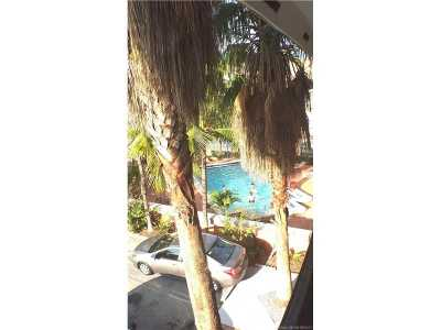 Coconut Grove Condo Active-Available: 3245 Virginia St #51