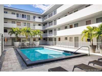 Miami Beach Condo For Sale: 1610 Lenox Ave #203