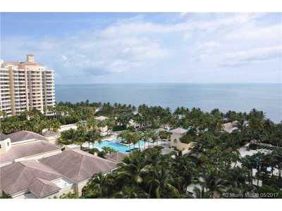 Ocean Tower, Ocean Tower I, Ocean Tower Ii, Ocean Tower One Condo Active-Available: 799 Crandon Blvd #1208