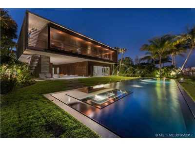 Coral Gables, South Miami, West Miami, Doral, Coconut Grove, Kendall, Miami Shores, Miami Beach Single Family Home For Sale: 4567 Pine Tree Dr