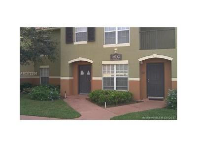 Royal Palm Beach Condo Backup Contract-Call LA: 10312 S Fox Trail Rd S #1004