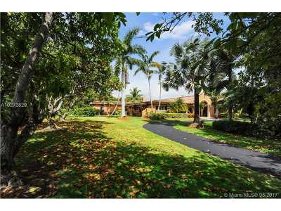 Pinecrest Single Family Home For Sale: 12880 SW 63rd Ct