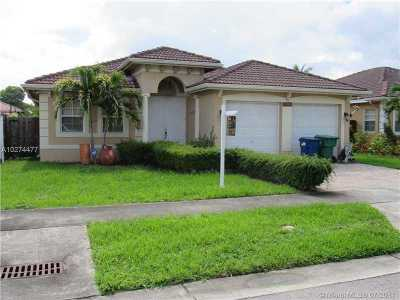 Single Family Home Active-Available: 2909 Southwest 145th Ct