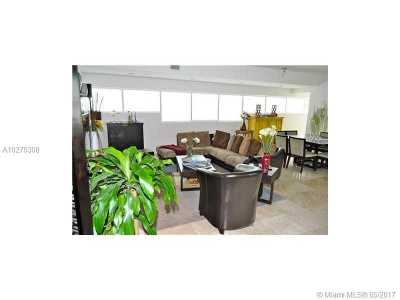 Coconut Grove Condo For Sale: 2699 Tigertail Av #44