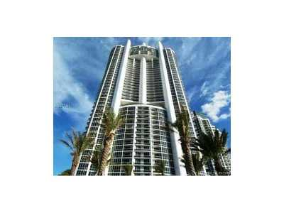 Trump Grande, Trump Royal, Trump Royale, Trump Royale Condo, Trump Royale Condo Grande Condo Active-Available: 18201 Collins Ave #1701