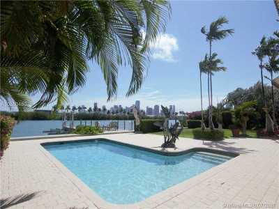 Palm Island, Riviera 1st & 2nd Addn Am Single Family Home Active-Available: 266 South Coconut Ln