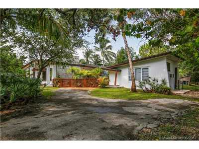 Pinecrest Single Family Home For Sale: 12500 SW 62nd Ave