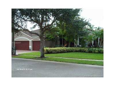 Miramar Single Family Home For Sale: 4000 SW 145th Ave