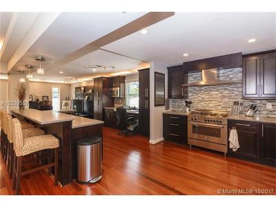North Bay Village Single Family Home Active-Available: 7410 Beachview Dr