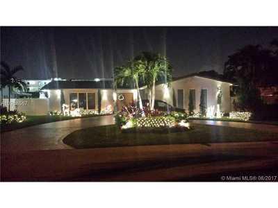 Sans Souci Estates Single Family Home For Sale: 11655 NE 20th Dr