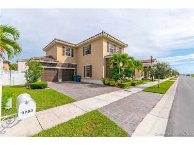 Single Family Home Active-Available: 9253 Southwest 172nd Ave