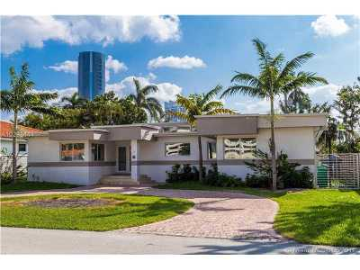 Sunny Isles Beach Single Family Home For Sale: 300 191st Ter