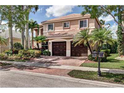 Weston Single Family Home For Sale: 727 Aster Way