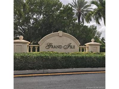 Sunset Lakes, Sunset Lakes Estates, Sunset Lakes One 164-34 B, Sunset Lakes Parcel D At, Sunset Lakes Plat One, Sunset Lakes Plat Three, Sunset Lakes Plat Three 1, Sunset Lakes Three, Sunset Lakes Two 166-24 B Single Family Home For Sale: 19351 SW 30 St