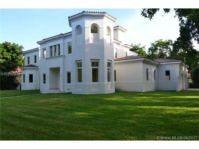 Coral Gables Riveria Sec, Coral Gables Riviera Sec Single Family Home Active-Available: 5626 Granada Blvd