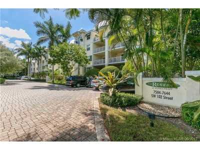 Pinecrest Condo Active-Available: 7580 Southwest 102nd St #103