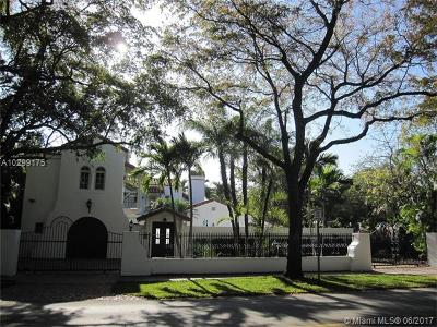 Coral Gables Riveria Sec, Coral Gables Riviera Sec Single Family Home Active-Available: 5309 Alhambra Cir