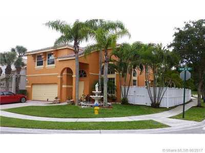 Pembroke Pines Single Family Home Active-Available: 15622 Northwest 5th St